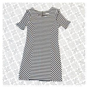 Form Fitted & Flattering Striped Dress B&W